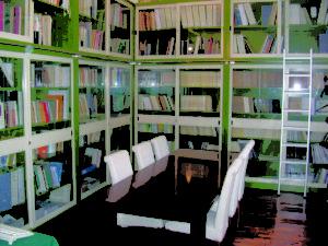 Biblioteca.Sala studio